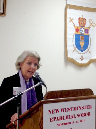 Др. Крістіна Фрейзер представл яє елемент Лідерства